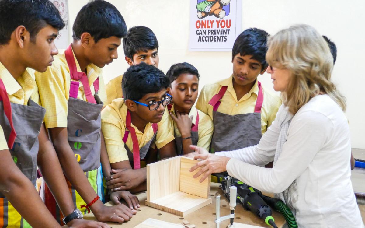Die Holzwerkstatt war in Indien